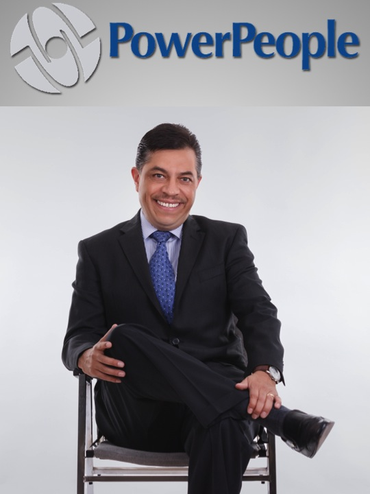 Conferencista en Temas Financieros, liderazgo e innovación en Tursimo y hotelería.